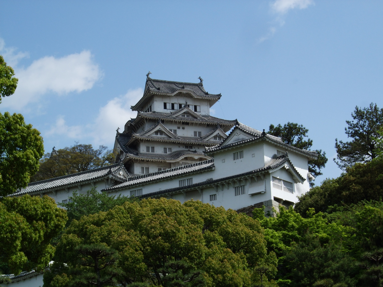 姫路城の漆喰